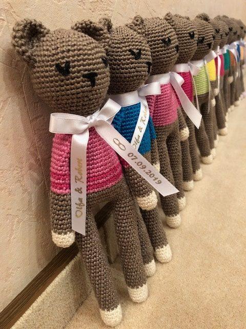 Besonderes Gastgeschenk zur Hochzeit: ein Teddybär - personalisierte-bander, gastgeschenke