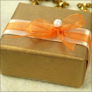 Sichern Sie sich jetzt die schönsten Satinbänder für Weihnachten - satinband, geschenkverpackung, geschenkband