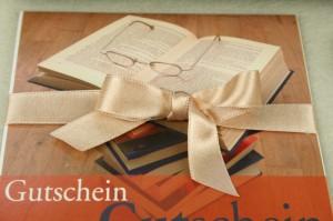 Geschenkgutscheine mit Schleifen veredeln - geschenkverpackung