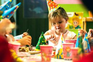So haben auch Kinder Spaß bei einer Hochzeitsfeier - hochzeitsdekoration